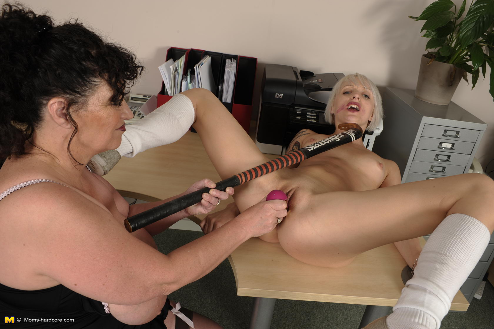 секс со строгой начальницей