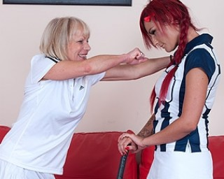 Hot pupil gets a lesson from her mature lesbian coach
